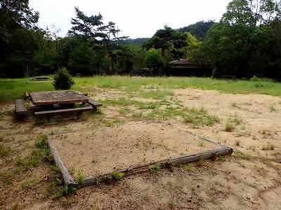 虎口 池 キャンプ 場